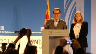 El president de la Generalitat, Artur Mas, i la vicepresidenta del govern, Joana Ortega, en la seva compareixença la nit del passat 9 de novembre Foto:ANDREU PUIG