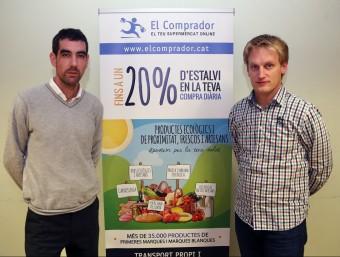 Els creadors d'Elcomprador.cat, Àlvaro Díez i Josep Maria Vallvé.  Foto:JUANMA RAMOS