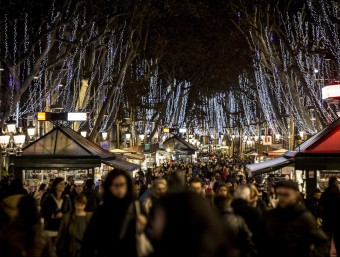 Una imatge de l'il·luminació de la Rambla de Barcelona de la campanya de Nadal de l'hivern passat Foto:ARXIU / ALBERT SALAMÉ