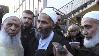 Imams de mesquites franceses parlant ahir a la ciutat de Le Mans Foto:AFP