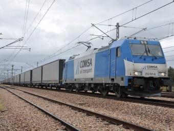 Tren de mercaderies de la companyia Comsa Rail Transport.  Foto:ARXIU