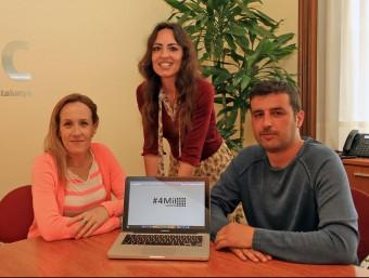 Silvia Magdaleno, Vanessa Junqué i Juanjo Cordero, de 4MilSumem.  Foto:JAUNMA RAMOS