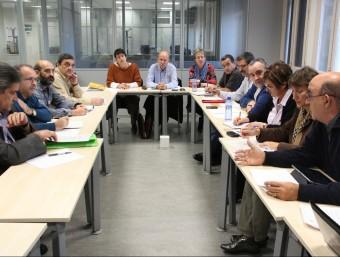 Un grup de sindicalistes reunits amb la Generalitat.  Foto:ARXIU
