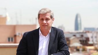 El president del grup del PP, en una imatge d'arxiu presa a la seva oficina electoral de l'Eixample Foto:ANDREU PUIG