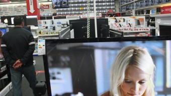 Baixa el consum de televisió Foto:L. SERRAT