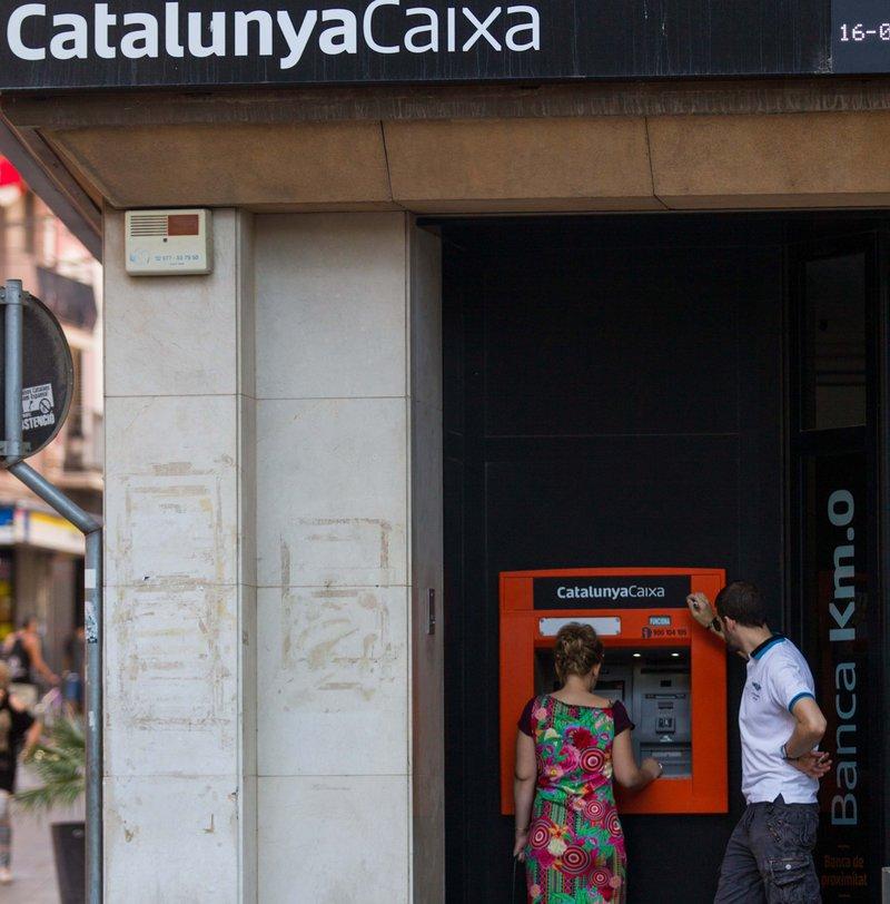 11 juny 2015 bbva deixa a la meitat catalunya caixa b for Oficines catalunya caixa