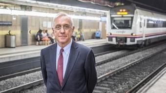 Santiago Montero a l'estació de ferrocarrils de Passeig de Gràcia, a Barcelona.  Foto:JOSEP LOSADA