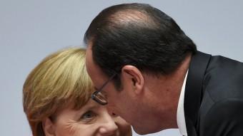 Merkel i Hollande en una fotografia del maig passat Foto:T.S. / REUTERS