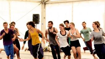 Els ballarins que participen als tallers de formació del Festival Deltebre Dansa passen una curat procés de selecció Foto:ACN