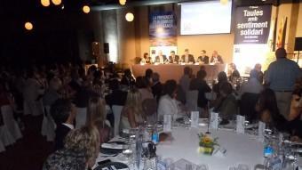 El sopar que es va celebrar al restaurant Ca l'Enric de la Vall de Bianya va comptar amb més de 400 persones, representants d'empreses, entitats i administracions. Foto:J.C