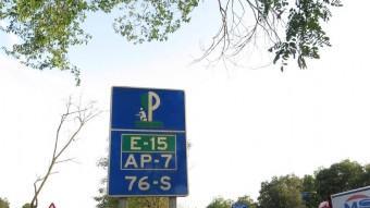 L'acusat  va denunciar que li van sostreure la mercaderia que duia al camió a l'àrea de descans situada al quilòmetre 76 de l'AP-7, al terme de Riudellots i en sentit Barcelona Foto:JORDI RIBOT (ICONNA)