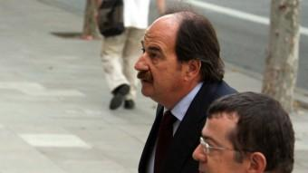 L'exalcalde de Lloret , Xavier Crespo amb el seu advocat Manuel González Peeters Foto:ACN