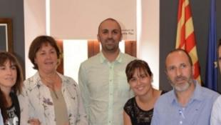 L'equip de govern de Santa Pau. L'alcalde, Pep Companys, és el segon per la dreta. Foto:EPA
