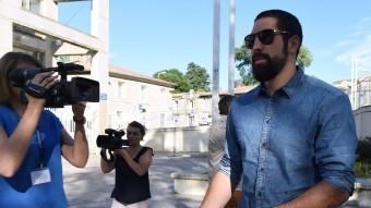Nikola Karabatic, el passat 16 de juny, arriba al jutjat de Montpeller, on s'instrueix la causa per la trama de les apostes Foto:PASCCAL GUYOT / AFP