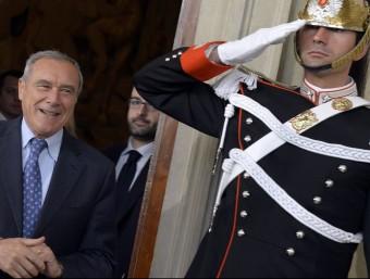 Pietro Grasso, president del Senat i exfiscal general antimàfia, sortint del Quirinale, el Palau presidencial, a Roma Foto:ANDREAS SOLARO / AFP