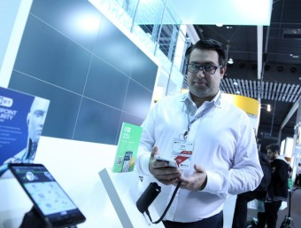 Josep Albors at the Eset stand during this year's Mobile World Congress.  Foto:QUIM PUIG