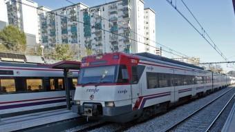 Trens a l'estació de l'Hospitalet de Llobregat Foto:JUANMA RAMOS