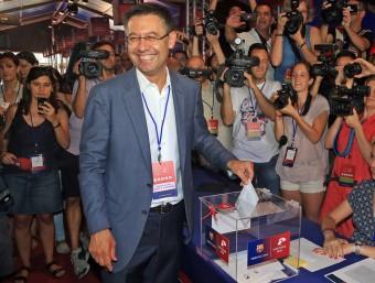 Bartomeu, votant el 18 de juliol passat Foto:JUANMA RAMOS