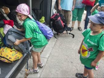 Nens de l'esplai Espurnes d'Esplugues de Llobregat marxant de colònies, el juny de l'any passat josep losada