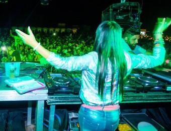 Fatima Hajji en la seva actuació al festival Foto:DAVID RODRÍGUEZ