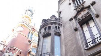 Els edificis , al carrer Sant Pere Més Alt estan davant del Palau de la Música i és on es volia fer un hotel Foto:ANDREU PUIG