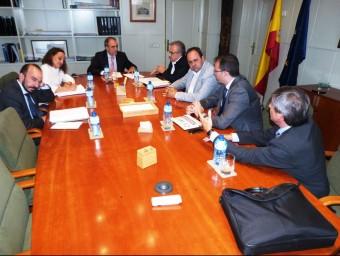 Mir, Villas, Solsona i Alturo amb representants del Ministeri de Foment Foto:AJ. BORGES