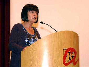 La filòloga Montserrat Palau va recollir la distinció Maria Antònia Ferrer que atorga la URV l'any 2010 Foto:ACN