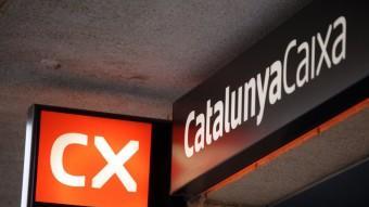 Una oficina de Catalunya Caixa Foto:JUDIT FERNÀNDEZ