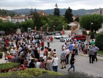 Unes 350 persones han participat a la concentració de suport al pagès, segons la Policia Local Foto:LAURA BUSQUETS / ACN