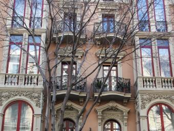La revisió permetrà conèixer el valor actual dels habitatges de Barcelona Foto:ELISABETH MAGRE