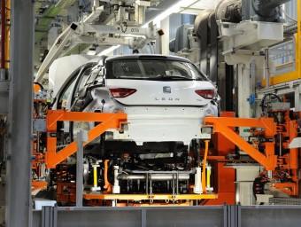 Cadena de muntatge del model León, a la planta de Seat a Martorell Foto:ARXIU