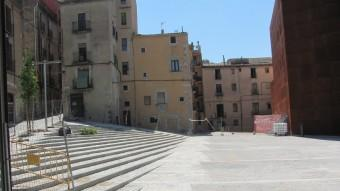 La plaça del Pallol s'ha configurat amb una escala en forma de grada per salvar el desnivell Foto:D.V