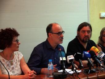 Alfons Montserrat , amb el seu equip de govern, ahir durant la roda de premsa. Foto:ACN