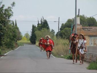 Quatre dels participants en la Via Scipionis a l'arribada a Sant Joan del Pas, al terme d'Ulldecona Foto:SETMANARI L'EBRE