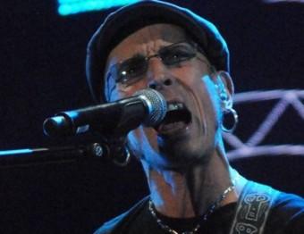 Adolfo Cabrales durant el concert de diumenge a Sant Feliu de Guíxols Foto:PERE CARRERAS / AJ. SANT FELIU