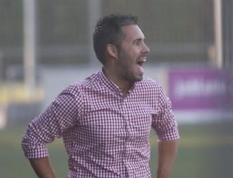 Martí Cifuentes, tècnic de l'Hospitalet, l'equip que més jugadors nous va utilitzar en la jornada 1 Foto:ORIOL DURAN