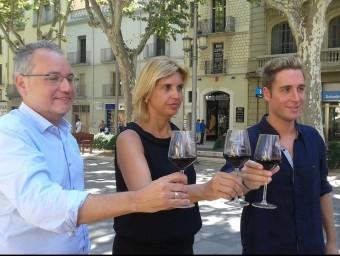 La presentació ahir, amb el president de la DO Empordà, l'alcaldessa de Figueres i el regidor de Fires i Mercats. Foto:M.V
