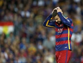 El blaugrana Gerard Piqué, durant el partit de tornada de la Supercopa Foto:EFE
