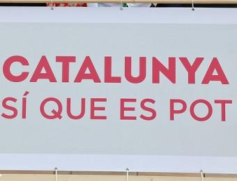 La foto de família que es van fer els candidats de Catalunya Sí que es Pot a Barcelona, amb Lluís Rabell al centre Foto:JUANMA RAMOS