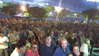 Junts pel Sí va omplir la plaça Catalunya de Roses. A la foto, els candidats. Foto:ELPUNTAVUI