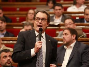 El president Mas en una de les darreres sessions de control de la legislatura andreu puig