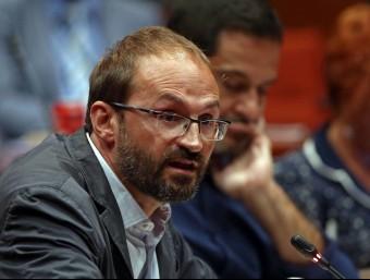 Joan Herrera, coordinador nacional d'ICV, aquest dimecres a la Diputació Parmanent del Parlament Foto:EFE