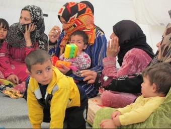 Un grup de refugiats sirians. Foto:AGÈNCIES