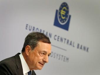 Mario Draghi, president del BCE, en la roda de premsa d'ahir, a Frankfurt Foto:D. ROLAND / AFP
