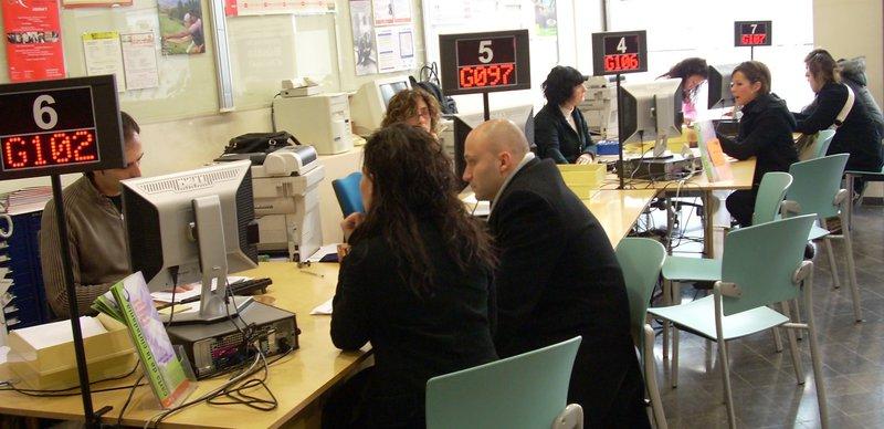 M s de treballadors en l 39 administraci local u for Oficina seguretat social