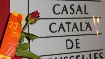 Roses el dia de Sant Jordi, al casal català de Brussel·les Foto:ARXIU