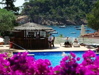 La piscina de l'hotel Aiguablava, a Begur. Foto:EL PUNT AVUI