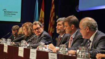El president Mas, amb posat seriós, ahir en un acte amb el president del Tribunal Suprem i el ministre de Justícia, al CaixaFòrum de Barcelona juanma ramos