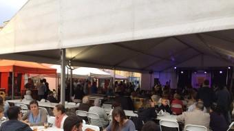 La tercera edició de la fira de cervesa artesana de Vidreres (a la imatge) ha aplegat més de 1.500 persones Foto:EL PUNT AVUI