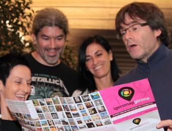 Els creadors de l'Igersmap, amb l'alcalde de Girona, Carles Puigdemont, ahir Foto:JOAN SABATER